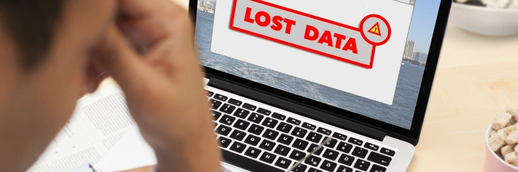 A computer showing that their was lost data